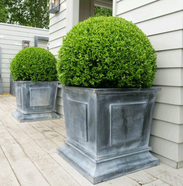 A place in the garden empire planter large