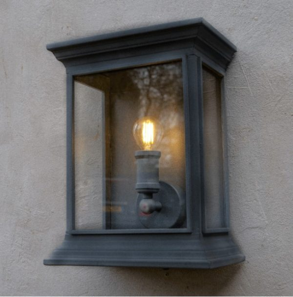 Outdoor Wall Light - English Coach Lamp Style