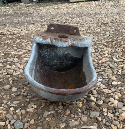 Reclaimed Cast Iron Drinker