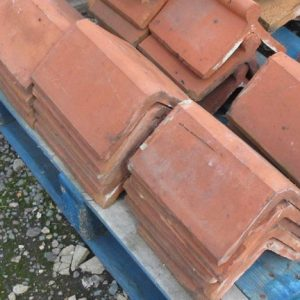 Red Triangular Flat Top Reclaimed Clay Ridge Tile