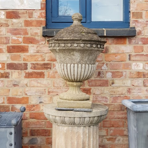 Urn on Fluted Column Small