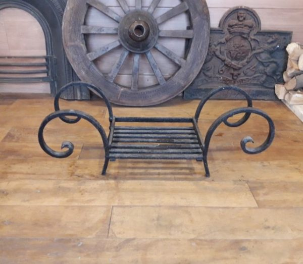 Fire Basket with Curved Finials