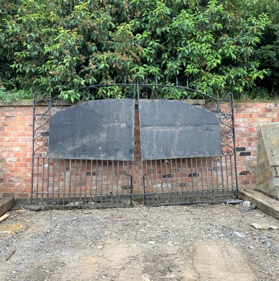 Reclaimed Iron Gates with Privacy Panel
