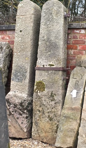 One Stone Monolith Gate Post 7ft
