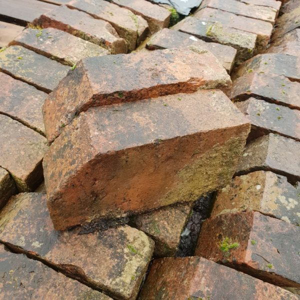 Red Reclaimed Cant Brick