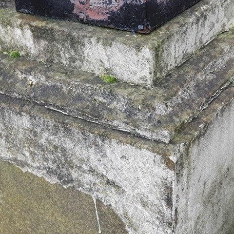 Yorkstone Classic Square Bases Reclaimed Surface