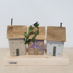 New home gift wooden cottages