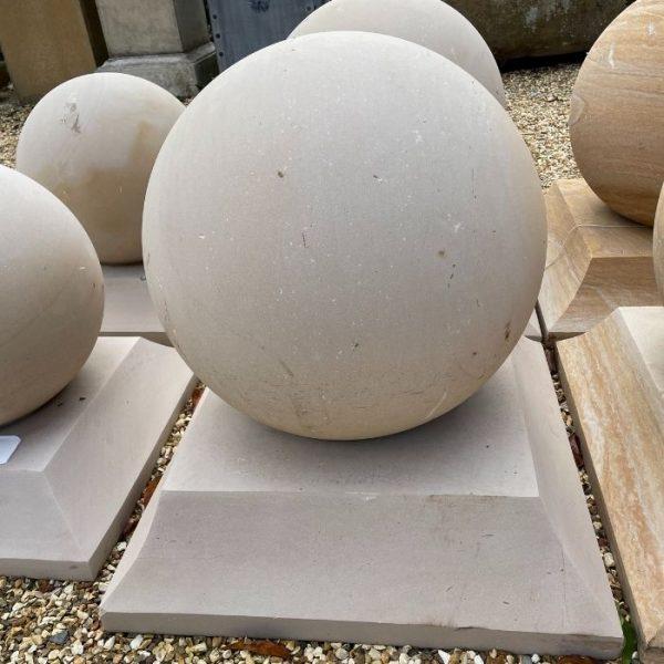 Mint Sandstone Balls