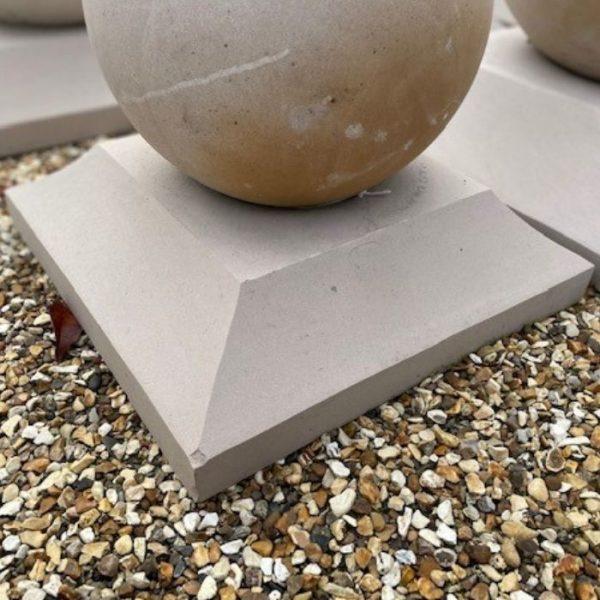 Mint Sandstone Plinths